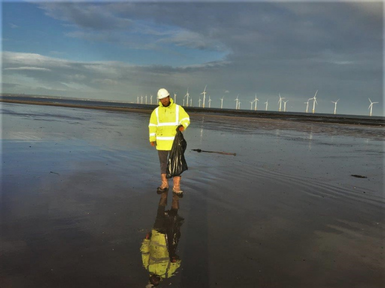 Construction team conducts beach clean at seafront in Redcar
