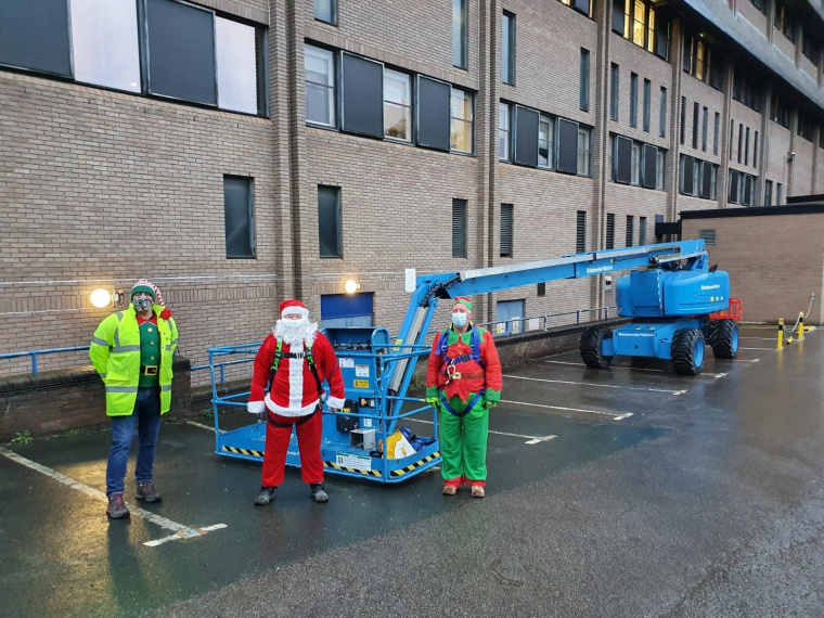 BAM helps Leeds Children's Hospital by stepping in to save Christmas for young patients