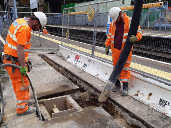 Cement-free concrete pour marks step-change in tackling carbon emissions