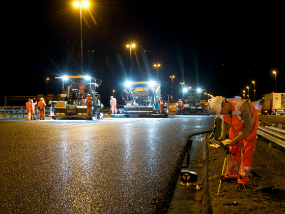Asphalting at night